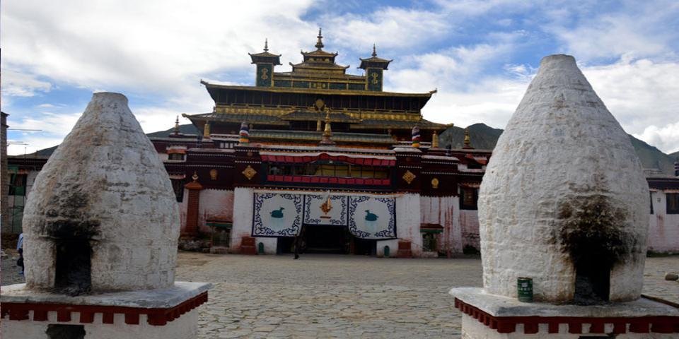 Tibet Monastery Tour