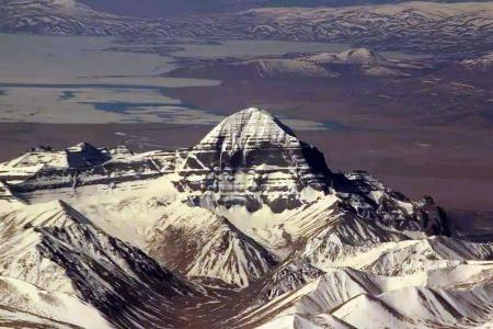 Lhasa Kailash Flight Tour